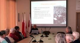 Losy warszawiaków podczas i po powstaniu. Historia obozu Dulag 121 w Pruszkowie