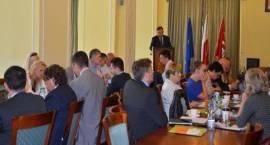 Marszałek województwa mazowieckiego i zarząd otrzymali absolutorium
