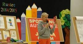 Spotkanie autorskie z Joanną Olech w Szkole Podstawowej w Ruścu