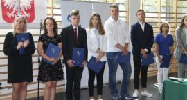 Powiatowe rozpoczęcie roku szkolnego w liceum im. Tomasza Zana