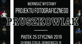 """Wernisaż wystawy """"Pruszkowiak"""" w CH Nowa Stacja Pruszków"""