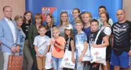 Polskie dzieci z Białorusi odwiedziły Starostwo Powiatowe w Pruszkowie