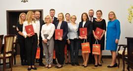 Awanse nauczycieli w gminie Brwinów