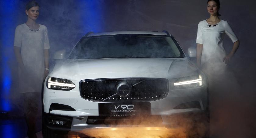 Motoryzacja, Wielka premiera nowego Volvo Cross Country Byliśmy białostockiej prezentacji [ZDJĘCIA] - zdjęcie, fotografia