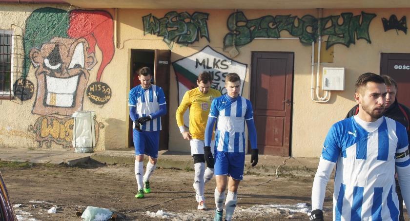 Piłka nożna, Czwartoligowcy sprawdzą formę trzeciej - zdjęcie, fotografia