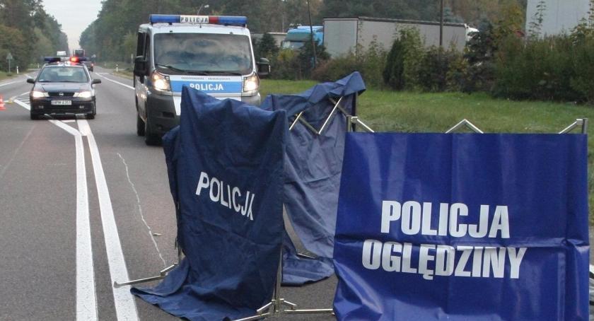 Wiadomości, Policja szuka świadków śmiertelnego wypadku motocyklisty - zdjęcie, fotografia