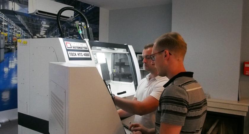 Gospodarka, szkolili kraju Białymstoku pierwszy Firmy inwestują zasoby ludzkie - zdjęcie, fotografia