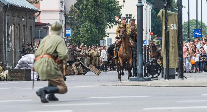 Wiadomości, pogoda dopisała rekonstrukcja bitwy białostockiej jutro - zdjęcie, fotografia