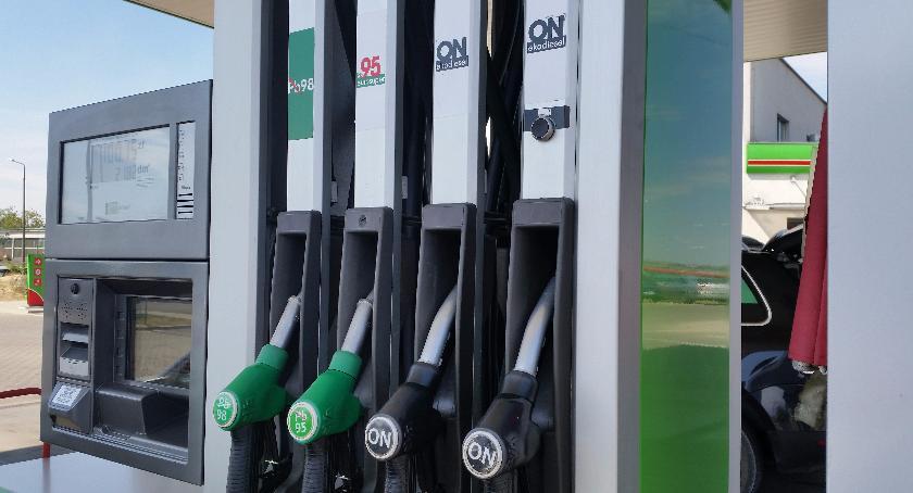 Motoryzacja, wyniki paliwa podlaskich stacjach - zdjęcie, fotografia