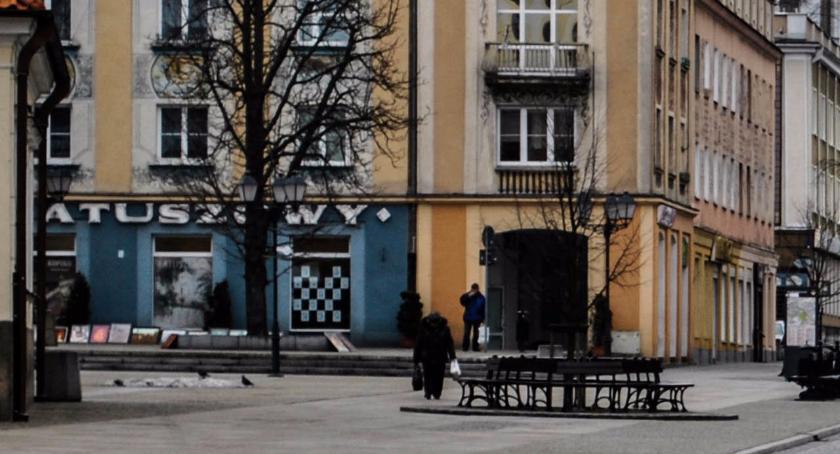 Wiadomości, Ratuszowy Ratuszowy przestrzeń zmieniła poznania - zdjęcie, fotografia