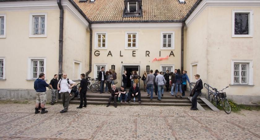 Kultura, Galeria Arsenał zaprasza debatę - zdjęcie, fotografia