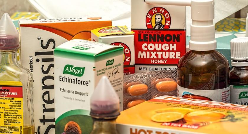 Styl życia, całym świecie wciąż wielu ludzi choruje zapalenie płuc - zdjęcie, fotografia