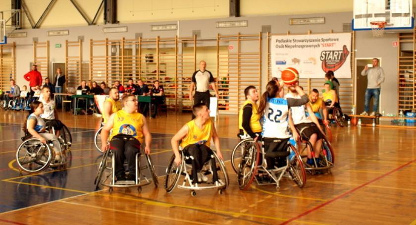 Sport, Turniej Basketball zakończony - zdjęcie, fotografia