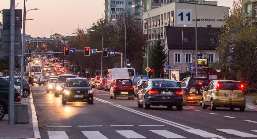 Motoryzacja, stało się! Białystok gronie najbardziej zakorkowanych miast Polsce - zdjęcie, fotografia