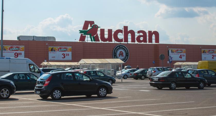 Lokalny biznes, Bożonarodzeniowy prezent możesz kupić jarmarku Auchan - zdjęcie, fotografia