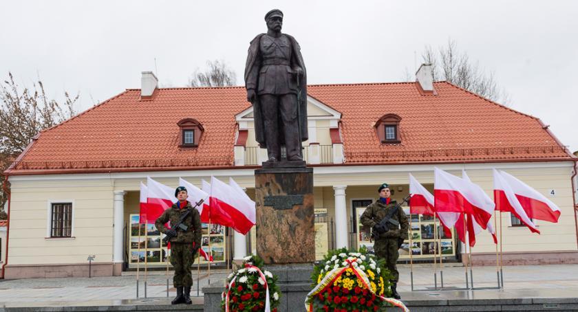 Wiadomości, robił Piłsudski waszym wieku wiecie - zdjęcie, fotografia