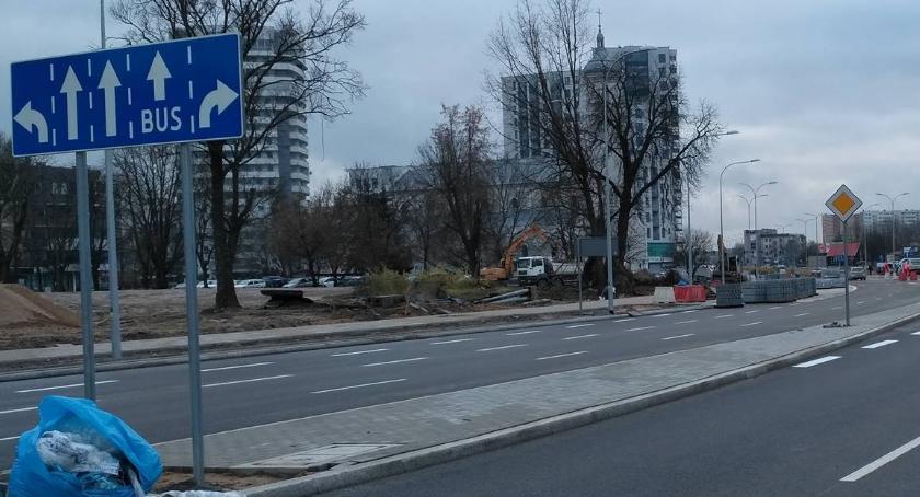 Wiadomości, Pasek zieleni niemożliwy utrzymania pasek betonowy owszem - zdjęcie, fotografia