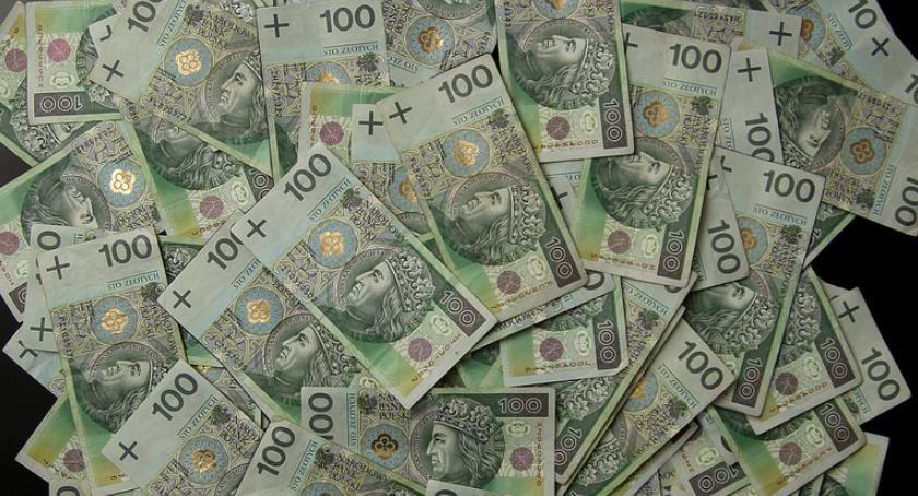 Gospodarka, wzrosła płaca minimalna dobre wieści małego biznesu - zdjęcie, fotografia