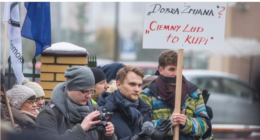 Wiadomości, Krzysztof Truskolaski ukarany Tysiąc złotych nagana Nowoczesnej głosowania - zdjęcie, fotografia