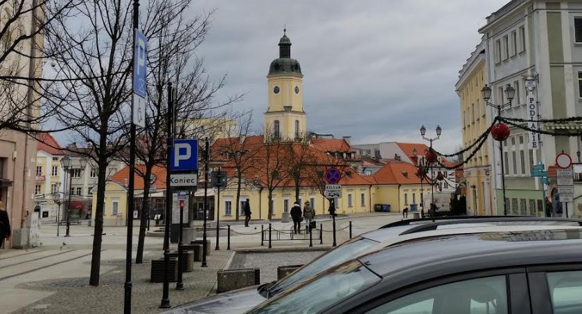 Felietony, gmina Patriotyzm zdrada oszustwo - zdjęcie, fotografia