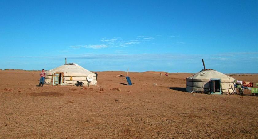 Kultura, Ciekawymi Świata przemierzymy Mongolię samochodu - zdjęcie, fotografia