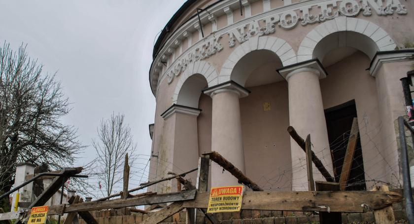 Wiadomości, Spieszmy kochać białostockie zabytki szybko odchodzą Teraz Domek Napoleona - zdjęcie, fotografia