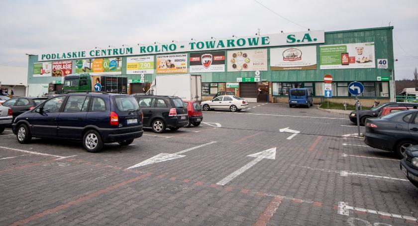 Lokalny biznes, odróżnić targowisko galerii handlowej - zdjęcie, fotografia