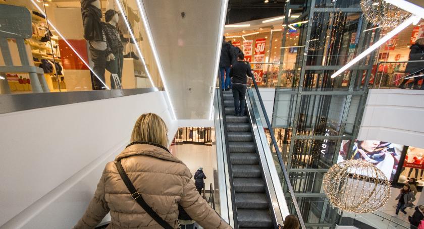 Gospodarka, Muzyka służbie handlowców - zdjęcie, fotografia