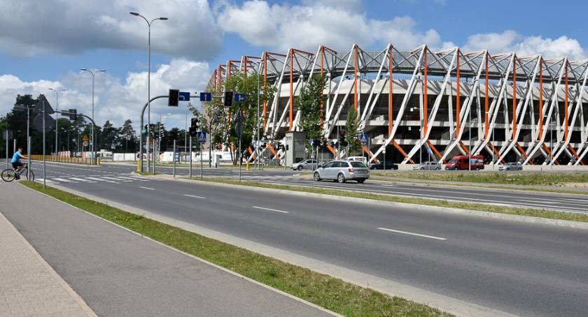 Piłka nożna, Radni chcą nawet milion złotych sportową promocję miasta europejskich pucharach - zdjęcie, fotografia