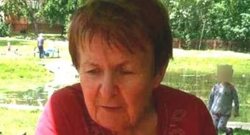 Wiadomości, Zaginęła starsza kobieta Policja prosi pomoc odnalezieniu - zdjęcie, fotografia