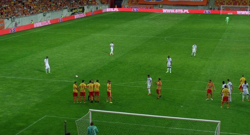 Piłka nożna, Jagiellonia zaczęła przygotowania poznała rywala Lidze Europy - zdjęcie, fotografia