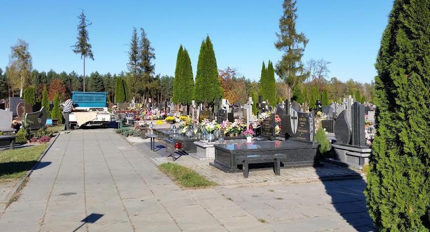 Wiadomości, Lepiej żyć umierać kilka skończy miejsce cmentarzach - zdjęcie, fotografia