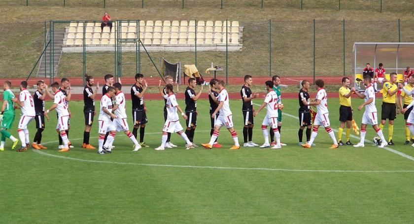 Piłka nożna, Białymstoku koniec zgrupowań ograła Dinamo Bukareszt - zdjęcie, fotografia