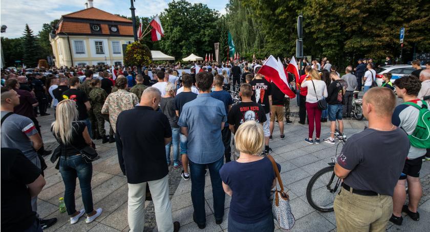 Wiadomości, Rocznica wybuchu powstania warszawskiego udziału jedynego żyjącego powstańca - zdjęcie, fotografia