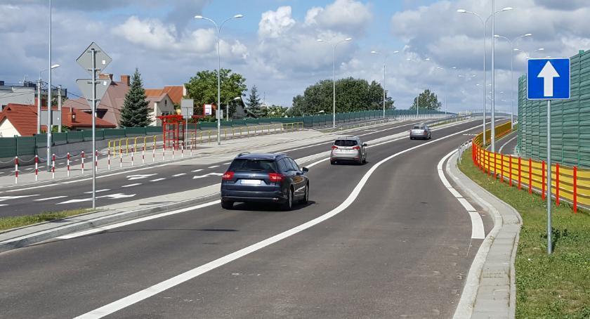 Motoryzacja, Sitarska razie mało uczęszczana mieszkańcy krytykują inwestycję - zdjęcie, fotografia