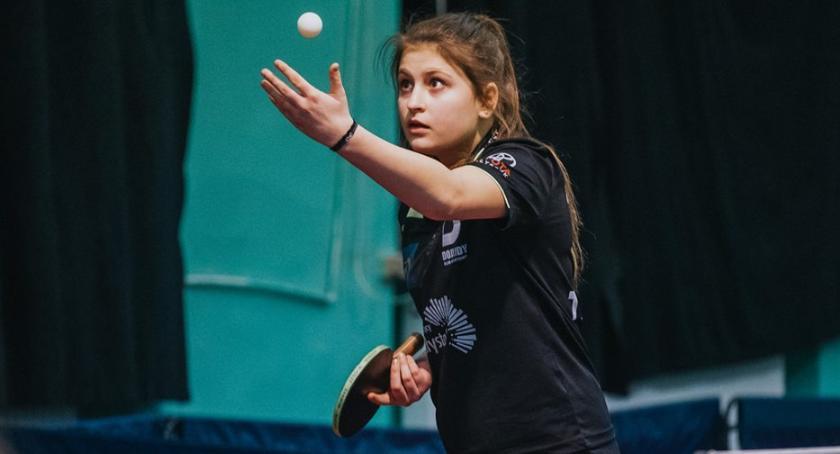 Sport, Bardzo młode zawodniczki dołączyły dojlidzkich tenisistek - zdjęcie, fotografia