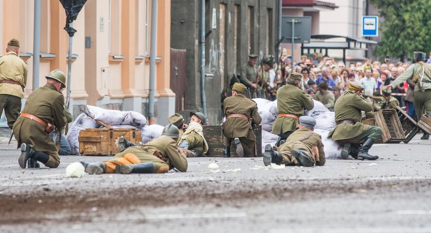 Wiadomości, Inscenizacja Bitwy Białostockiej nowym miejscu - zdjęcie, fotografia