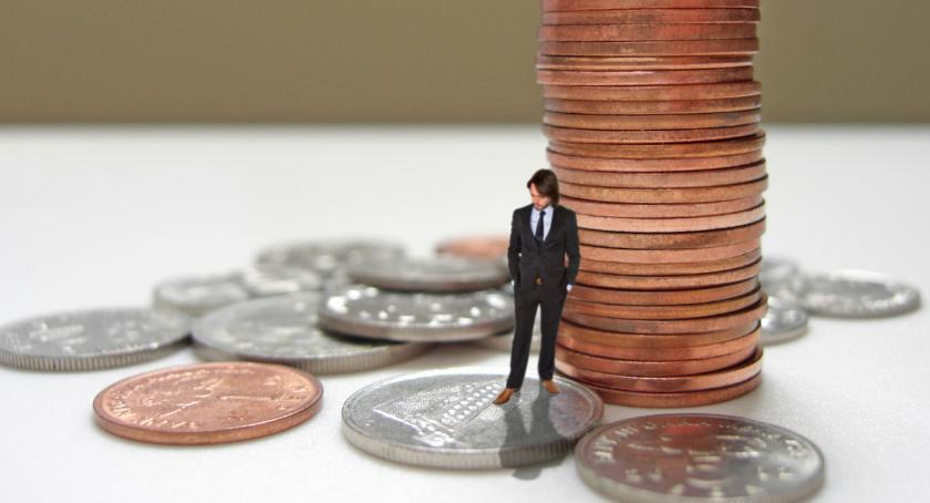 Gospodarka, Moralność finansowa pracownika pracodawcy różna - zdjęcie, fotografia