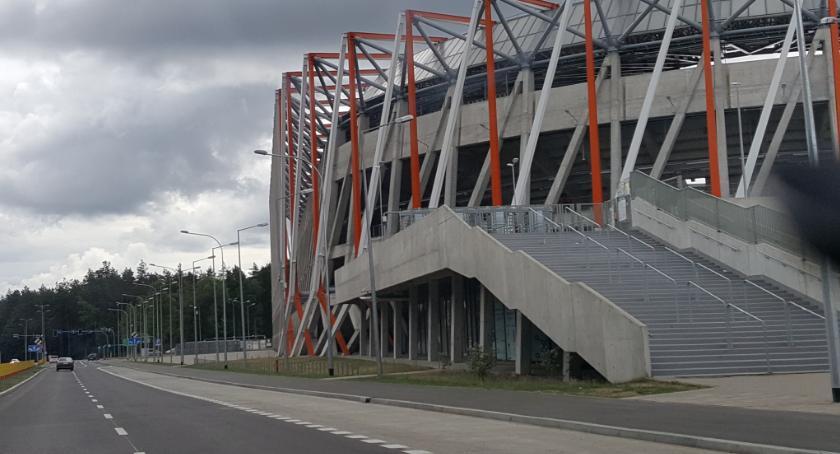 Wiadomości, poniedziałek szkoły niedzielę stadionie pożegnamy wakacje - zdjęcie, fotografia