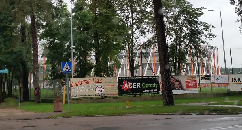 Wiadomości, stadionie miejskim przybędzie miejsc parkingowych rowerów - zdjęcie, fotografia