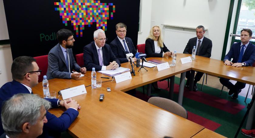 Wiadomości, Zarząd województwa otworzył nową linię kredytową milionów - zdjęcie, fotografia