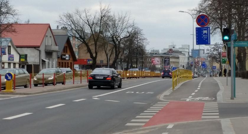 Wiadomości, sobotę poruszamy rowerem pieszo komunikacją miejską - zdjęcie, fotografia