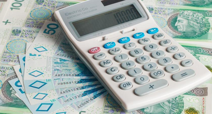 Gospodarka, Statystyczny Kowalski zadłużony ponad złotych - zdjęcie, fotografia