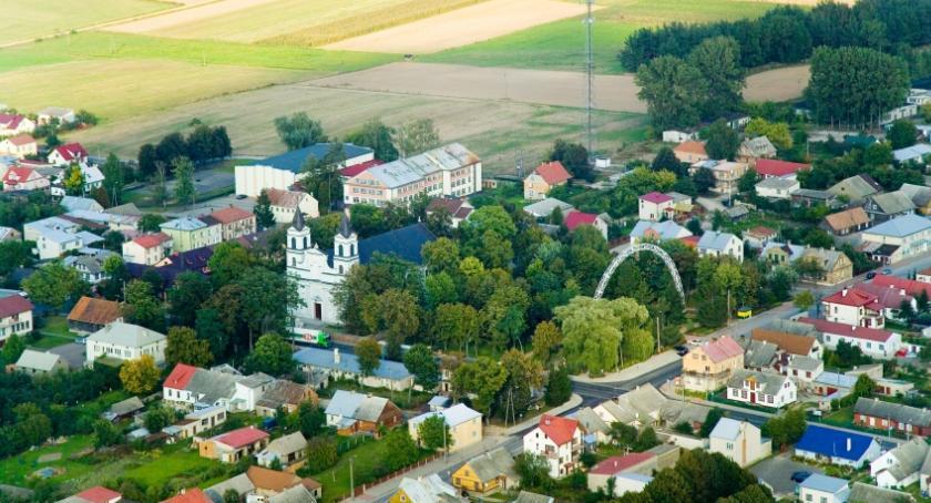 Wiadomości, ścianę kurwami czyli problemy kandydata burmistrza Suchowoli - zdjęcie, fotografia