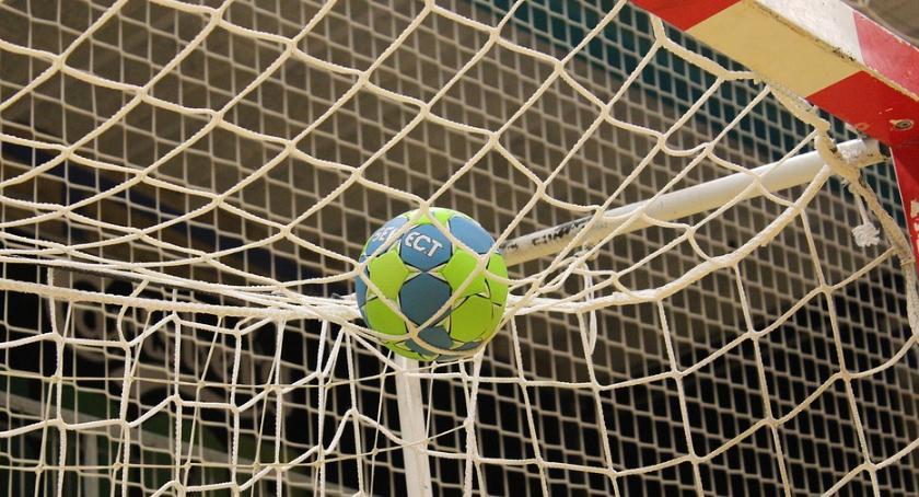 Sport, Bestios zwycięża - zdjęcie, fotografia