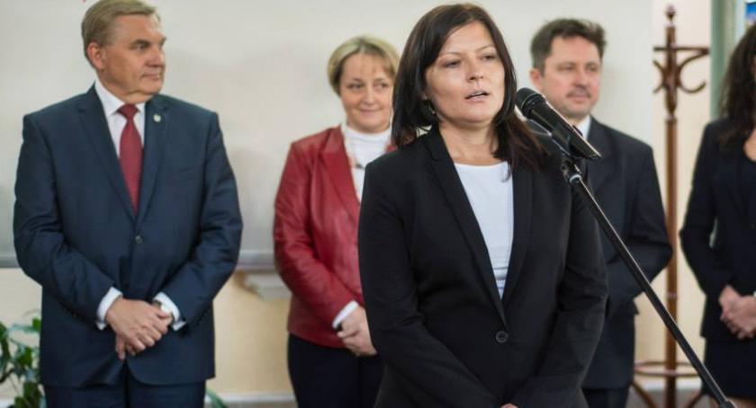 Wiadomości, Koalicja Obywatelska wybrała szefową klubu radnych - zdjęcie, fotografia