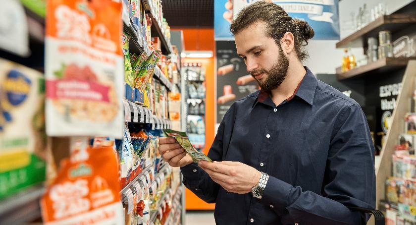 Gospodarka, Carrefour zwiększa liczbę sklepów ajencyjnych takie trendy Podlasiu - zdjęcie, fotografia