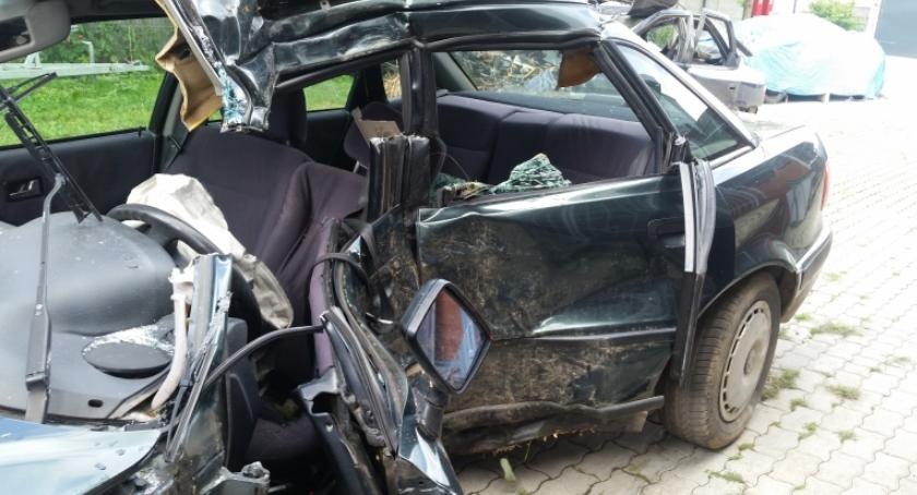 Motoryzacja, nowego właściciele porzuconych zapłacą więcej usunięcie - zdjęcie, fotografia