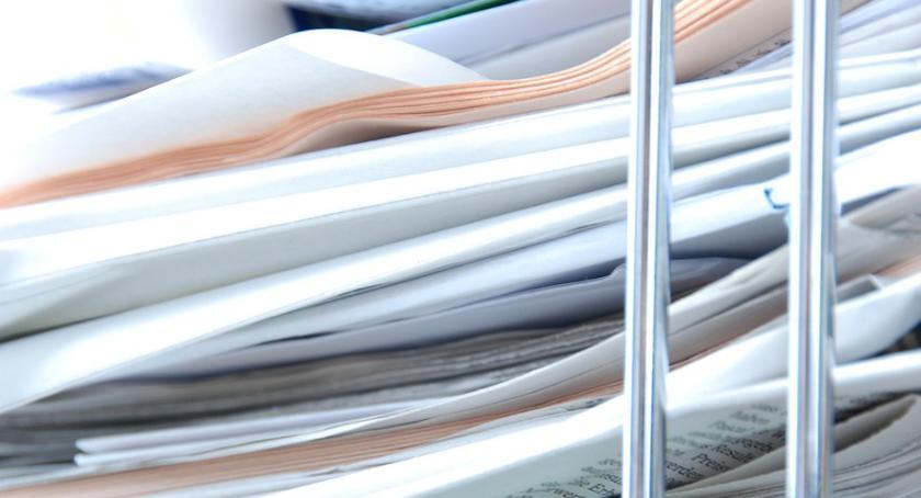 Wiadomości, była rekordowa zbiórka makulatury - zdjęcie, fotografia