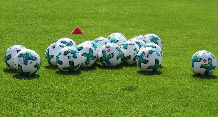 Piłka nożna, wywiozła punkt Krakowa - zdjęcie, fotografia